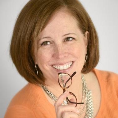Mary Bridget Gielow</br>VP/Management Supervisor</br><h6>Social media = real people sharing real emotions</h6>