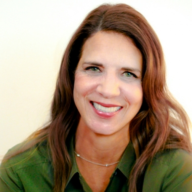 Kara Hocking </br>Senior VP, Group Account Director</br><h6>Get out your shovel, find a new way, forge new paths</h6>